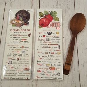 Mary lake Thompson flour sack towels new in packag